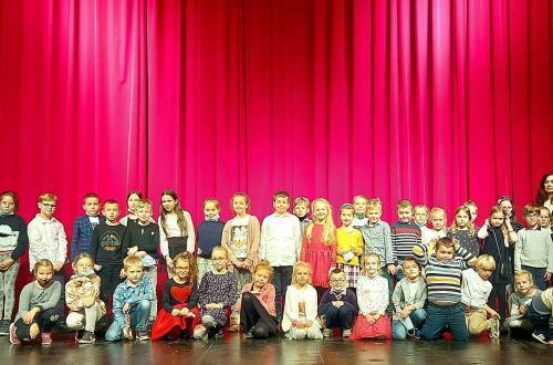 Klasa 1a i 3a w teatrze w Grudziądzu